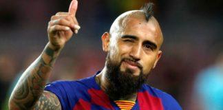 Polemica-Vidal-brinca-com-o-VAR-apos-o-gol-Valencia-contra-o-Real-Madrid-ser-anulado