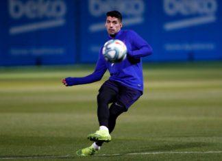 Luis-Suárez-marca-um-gol-surpreendente-em-treinamento