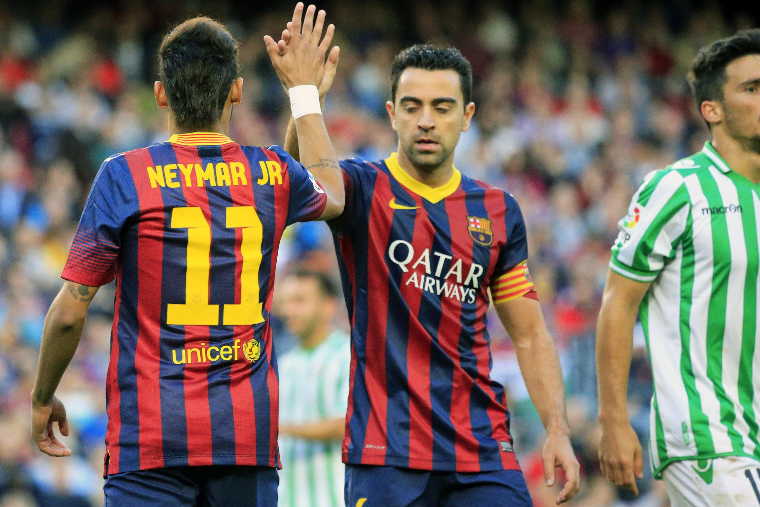 Xavi-pode-finalmente-pintar-no-Barcelona-e-quer-trazer-Neymar-consigo