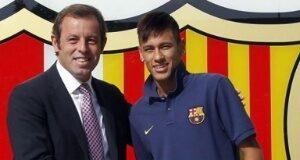 neymar-se-encontra-com-ex-presidente-do-barcelona-em-restauranteneymar-se-encontra-com-ex-presidente-do-barcelona-em-restaurante