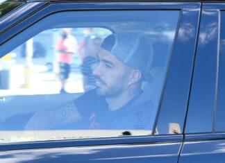 Luis-Suárez-viaja-para-a-Itália-e-a-mudança-para-a-Juventus-esquenta