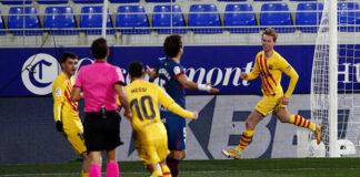 Barcelona-supera-o-Huesca-e-se-mantém-na-briga-pelo-título